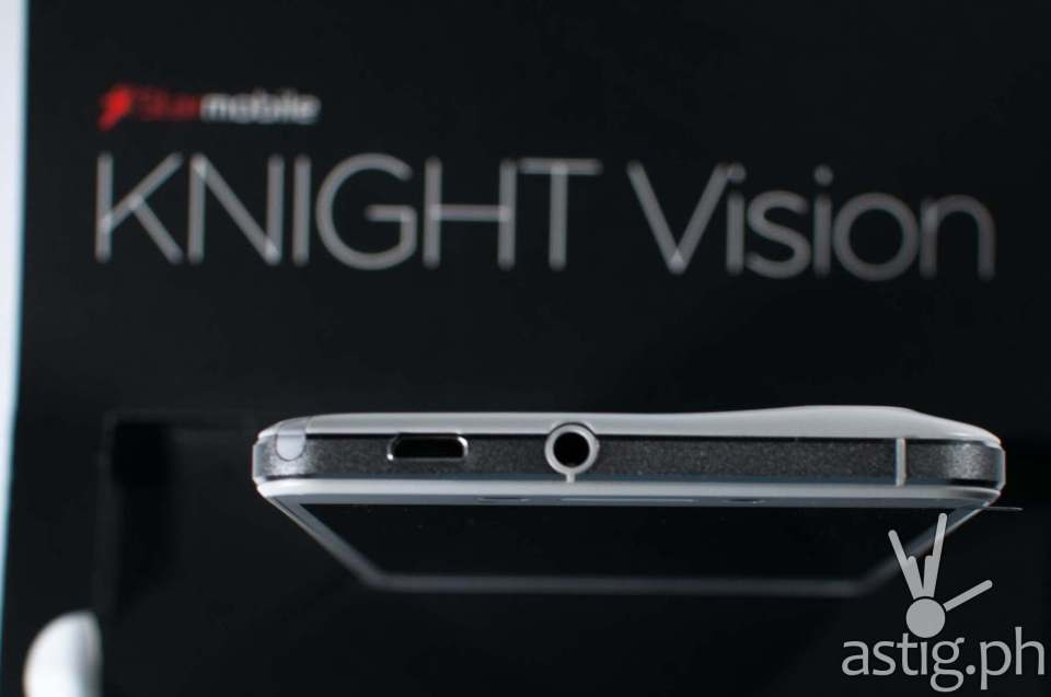 The 3.5mm audio jack is located at the top of the Starmobile Knight Vision, beside the micro USB port and the TV antenna
