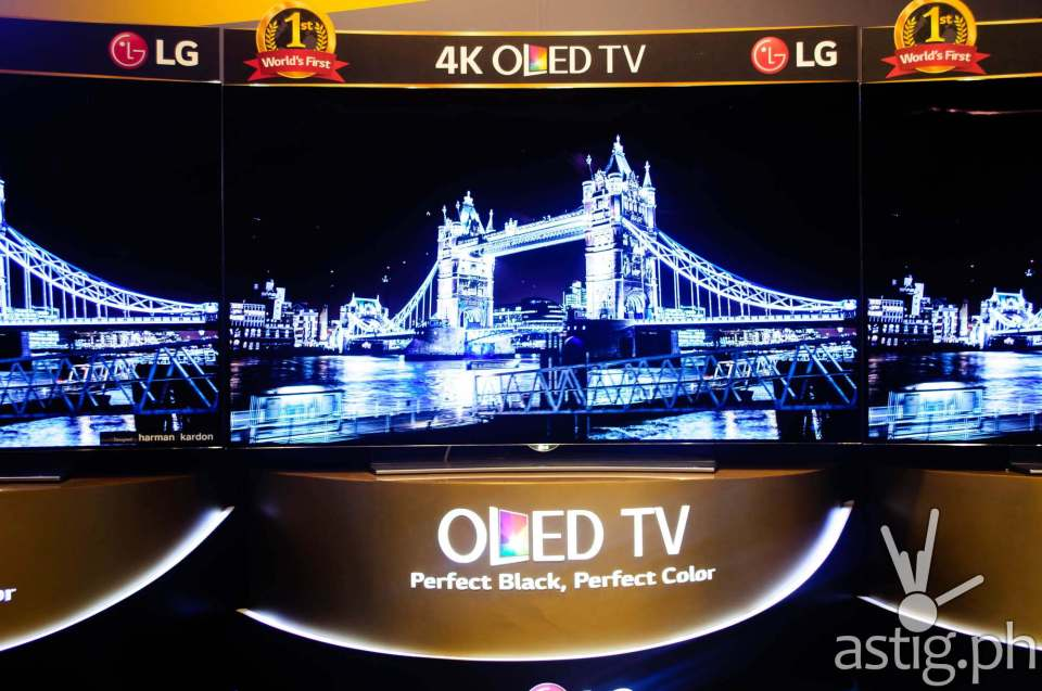 LG Curved 4K OLED TV is super sexy, debuting at 299,990 SRP for the 65-inch flagship model