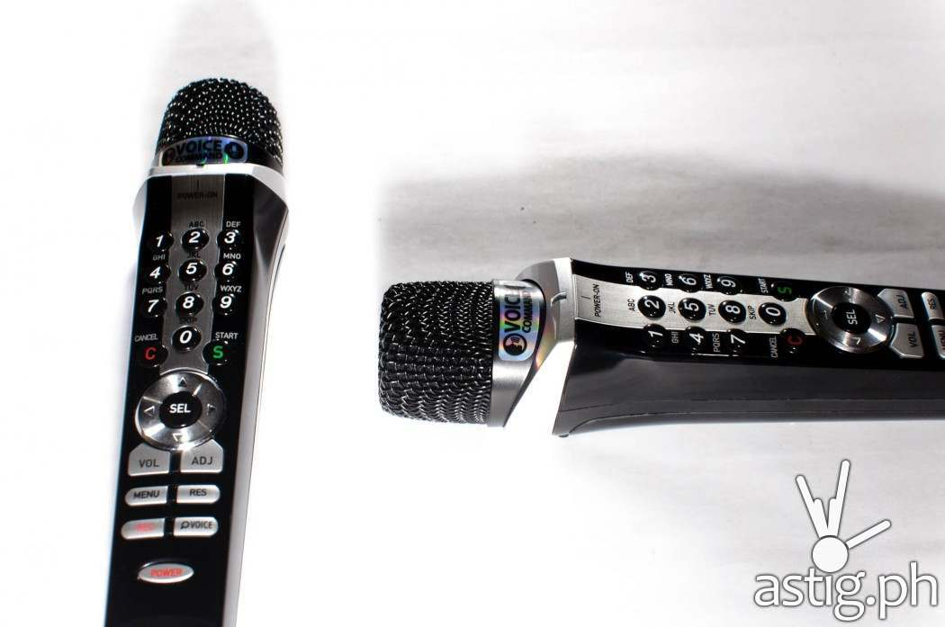 The GRAND VIDEOKE Symphony 2.0 comes with dual wireless microphones which can also act as a remote control