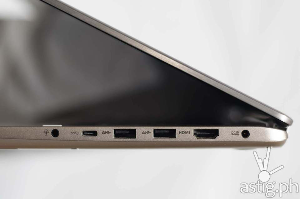 Right: 3.5mm audio port, USB type-C port, 2x USB 3.0 ports, and a standard HDMI port - ASUS ViVoBook Flip TP301UJ