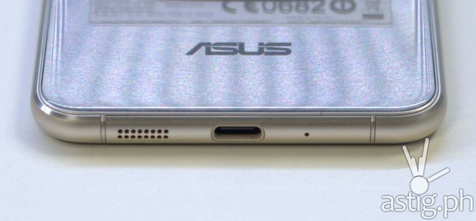 ASUS ZenFone 3 bottom showing USB Type-C port and loud speaker