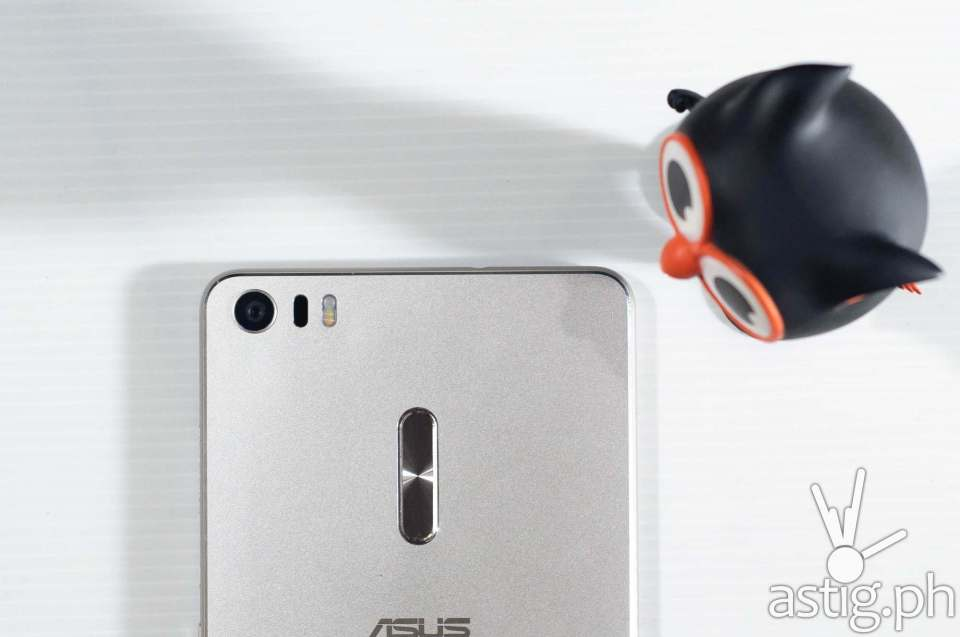 ASUS Zenfone 3 Ultra rear camera