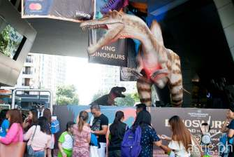 Spinosaurus and Tyrannosaurus Rex - Dinosaurs Around The World exhibit - Mind Museum BGC
