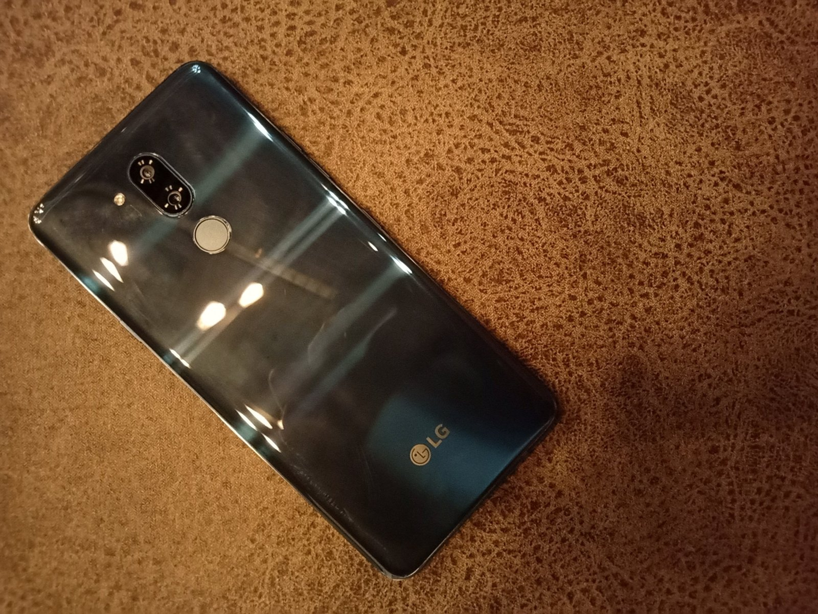 LG G7 ThinQ back