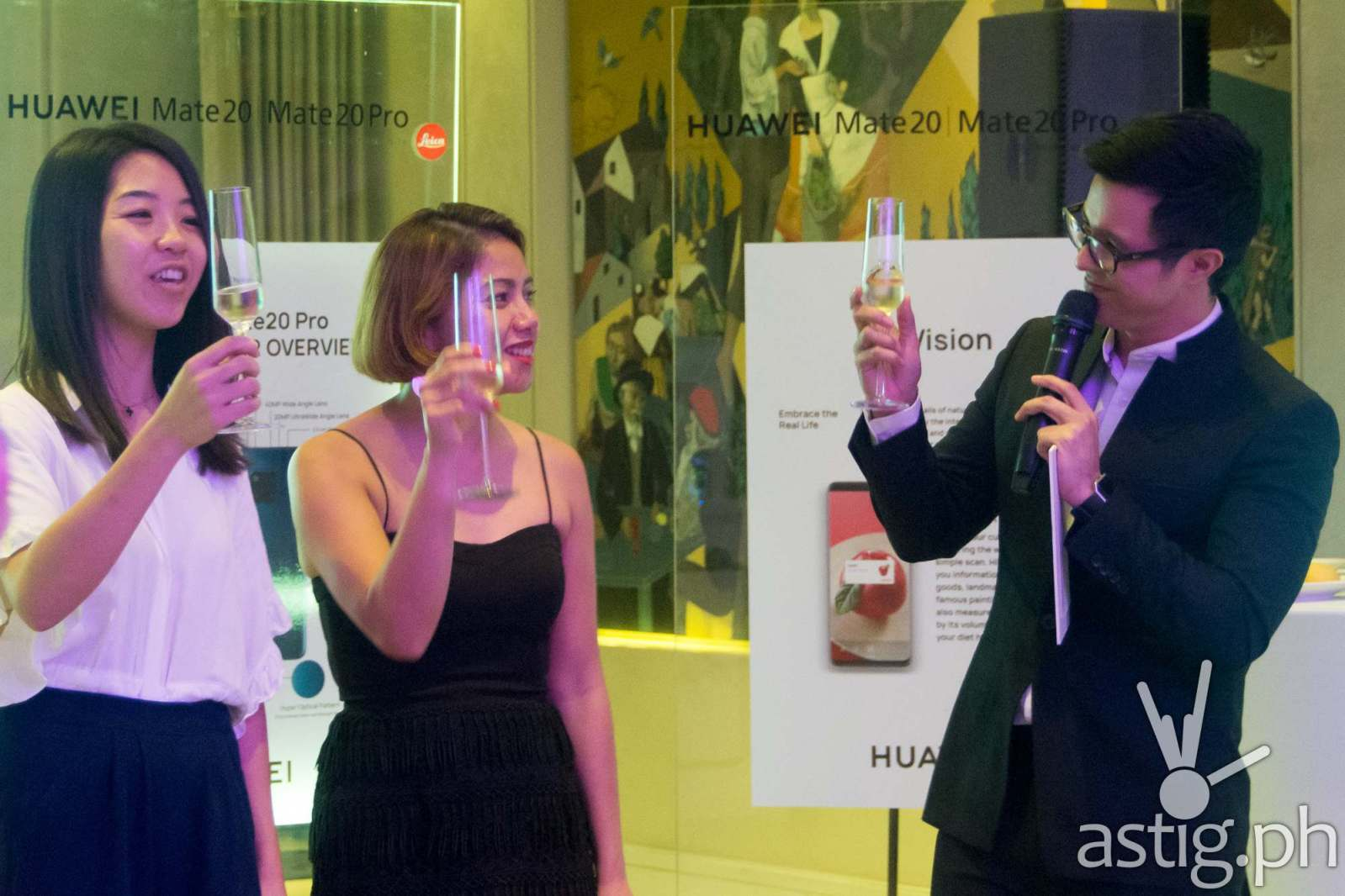 Corinne Risos-Bacani, Marketing Director for Huawei Philippines initiates a toast at the launch held in Makati