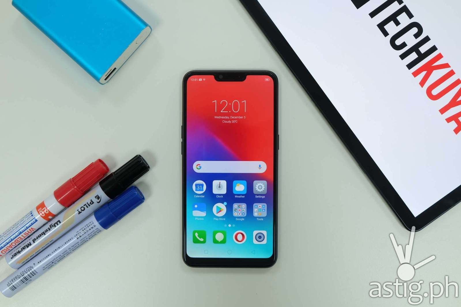 Realme C1 Philippines flatlay front