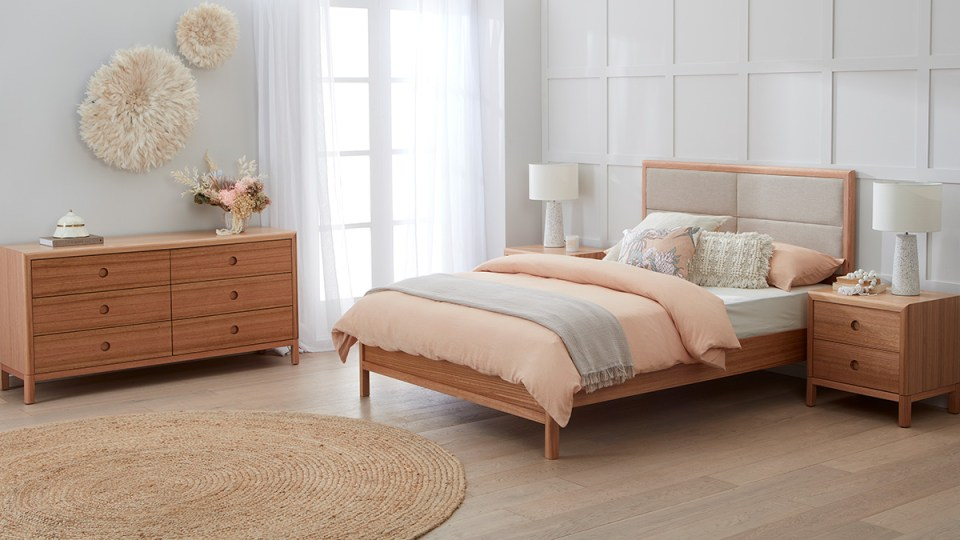 Airlie Tasmanian Oak Bed Suite by Astra Furniture