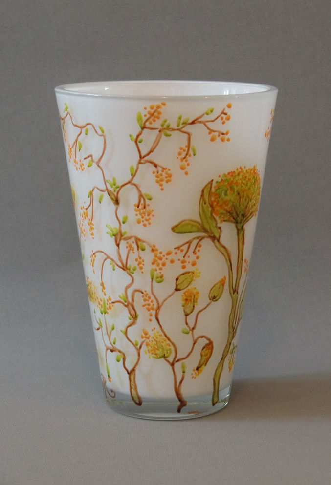 Vaas 'Mimosa', gebrandschilderd glas (wit), 25 x 15 cm, 2013