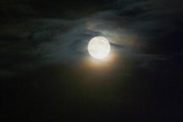 full moon france