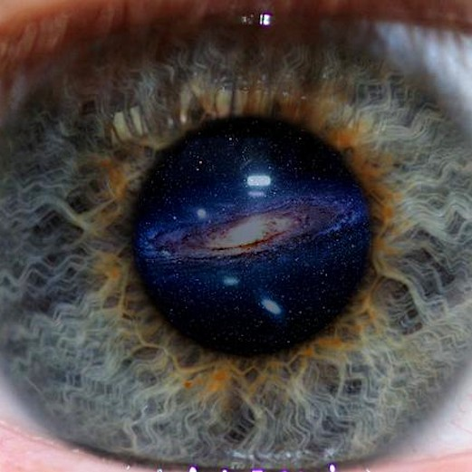 Chiron_eye2
