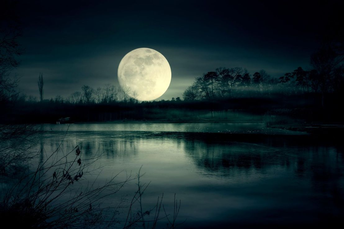 lunar-eclipse-capricorn