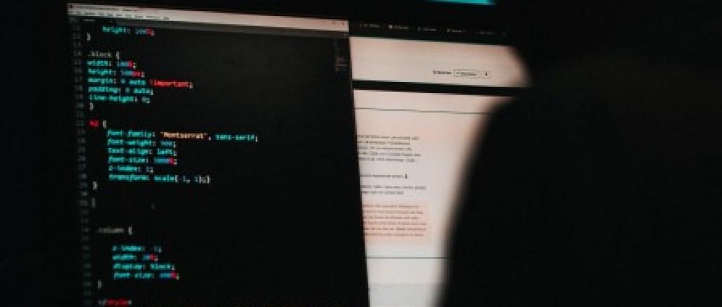 hacking_capa_astronauts