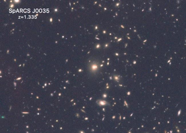 Galaksi jauh yang dipotret Teleskop Hubble. Kredit: Hubble / NASA / ESA
