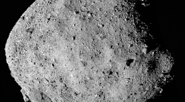 Asteroid Bennu yang dipotret OSIRIS_REx 2 Desember 2018 dari ketinggian 24 km. Kredit: NASA/Goddard/University of Arizona.