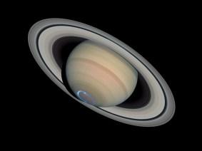 Saturn_with_auroras