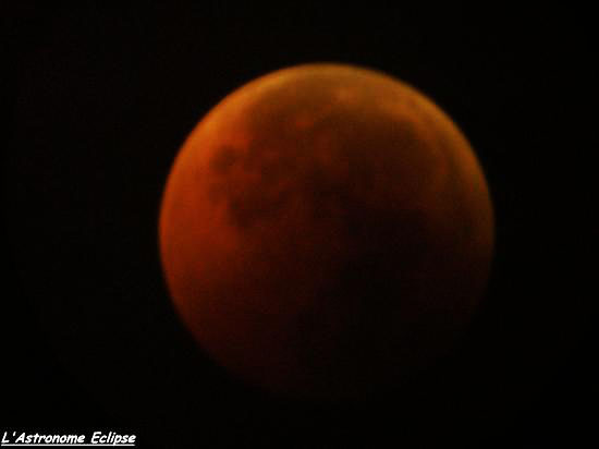 Photo de l'éclipse lunaire du 15 Juin 2011...