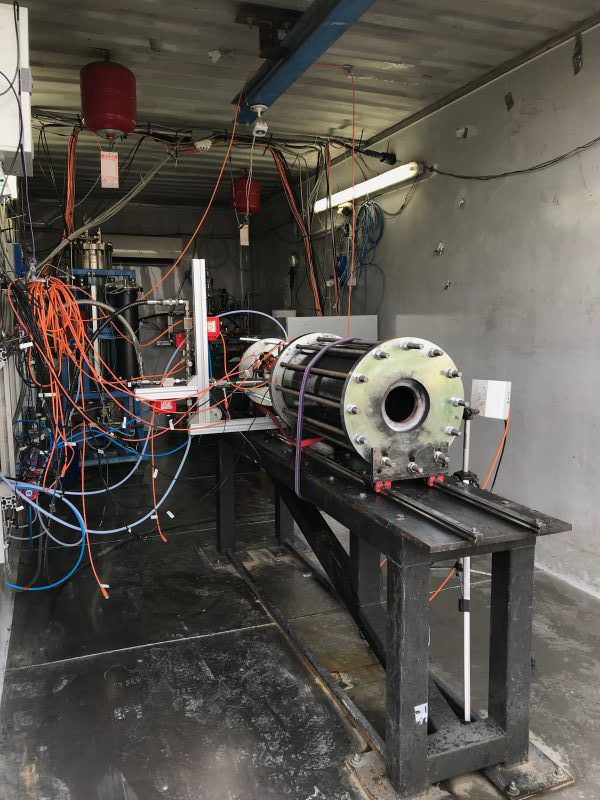 Chemical_Hybrid_Propulsion_Motor_Under_Test