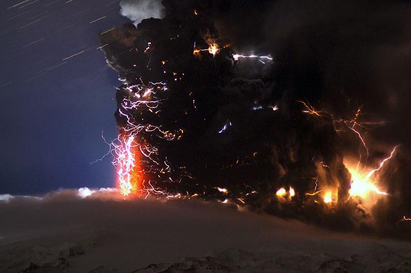 eyjafjallajokull-fireworks