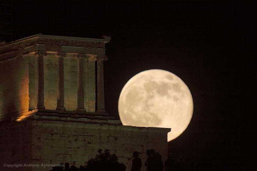 Templo de Atena Nice, Acrópole de Atenas, Grécia. Crédito: Anthony Ayiomamitis
