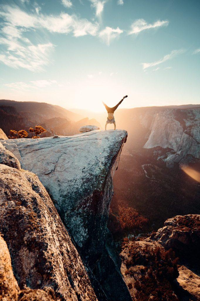 Soms voelt het als balanceren op de rand van een klif (mei 2020)