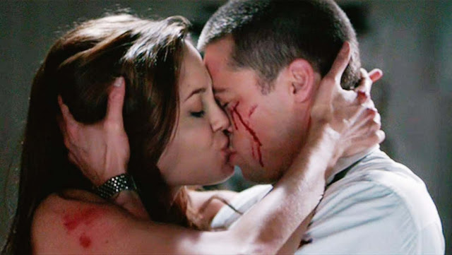 Mr.-and-Mrs.-Smith-Movie-wearandcheer.com_