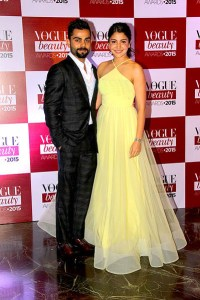 Anushka_Sharma_and_Virat_Kohli_at_Vogue_Beauty_Awards kids children putra bhava fifth hsoue