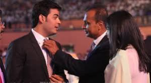 anil-ambani-sons anil ambani children tina munim