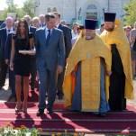 Закладка капсулы в основание памятника святому Владимиру
