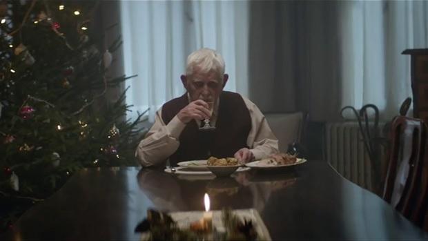 """Résultat de recherche d'images pour """"vieil homme restaurant"""""""