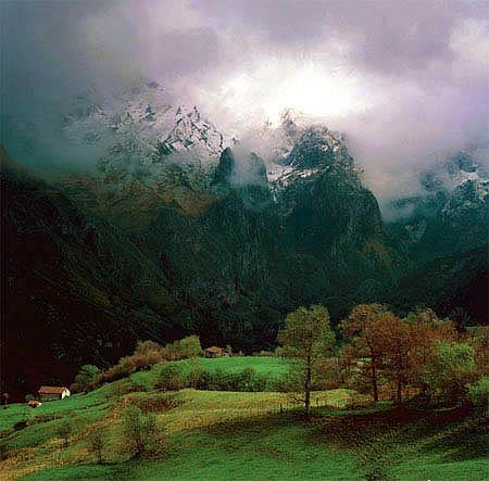 El valle de Angón, en los Picos de Europa
