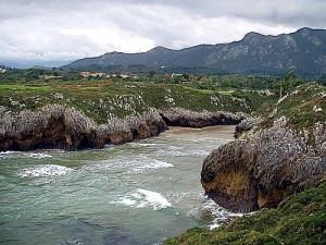 Ruta de los Acantilados. Playa de Guadamia