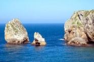 Ruta de los acantilados, baja la marea • © Todos los derechos reservados. por PGARCIA