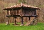 horreos asturianos