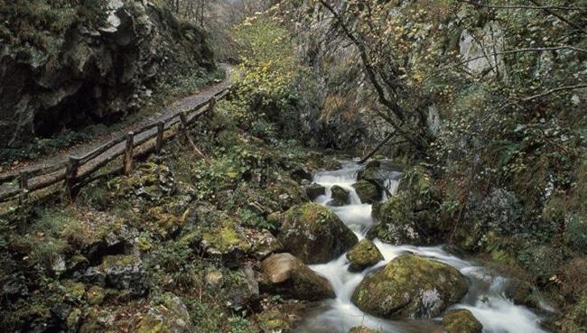 los rios durante la ruta del desfiladero de los arrudos