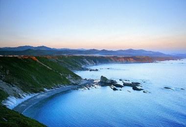 mejores playas cerca de cudillero