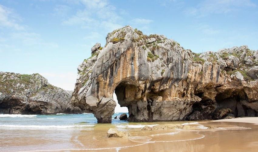 mejores playas cercanas a cangas de onis