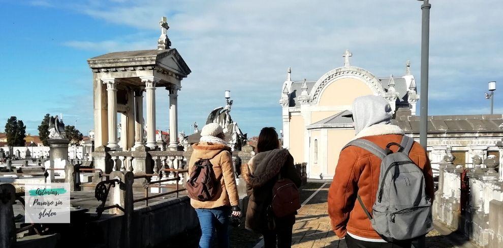 AsTBdeFolixa-Aviles-CementerioCarriona