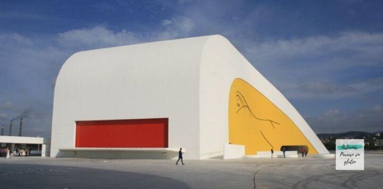 AsTbDeFolixa_Avilés_Niemeyer