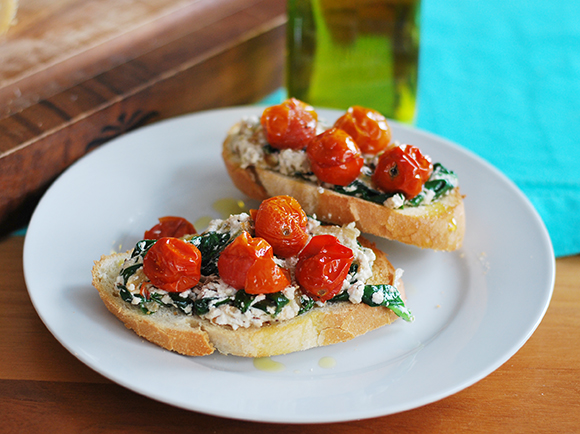Spinach, Ricotta & Roasted Tomato Toast
