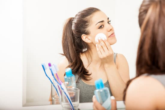 11 Bad Skin Care Habits That Cause Wrinkles & Aging