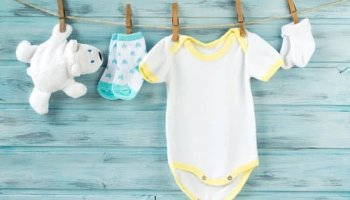 How to get poop stains out of baby clothes the easy way