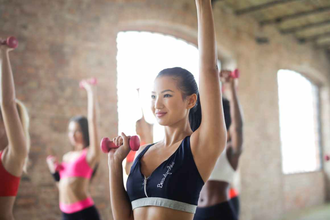 group of women doing work out