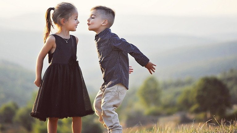 When Should Your Child Start Dating?