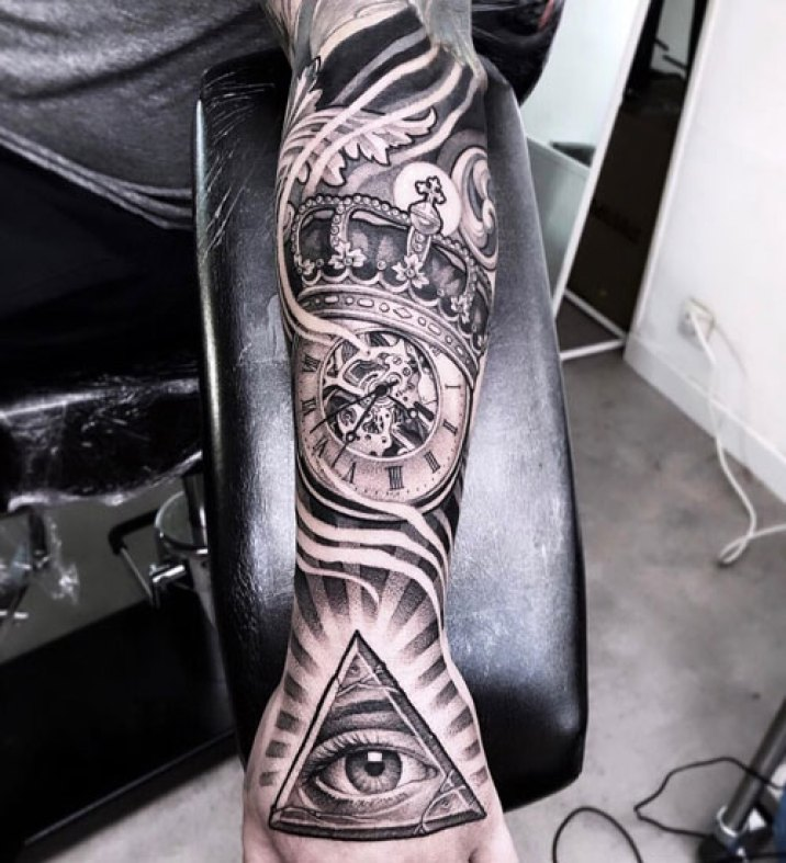 Amazing-Crown-Clock-Top-Forearm-Tattoo
