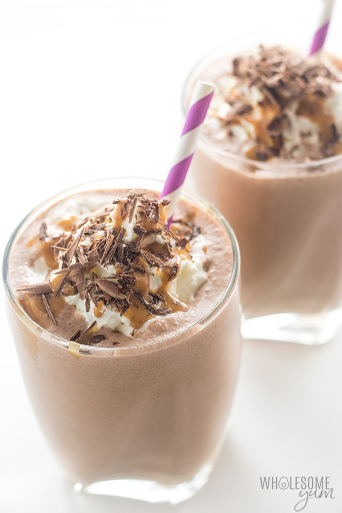 wholesomeyum-healthy-chocolate-peanut-butter-low-carb-smoothie-recipe