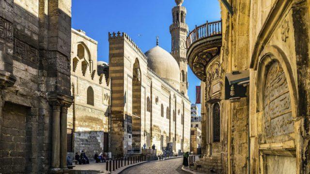 مدارس اسلامية في شارع المعز