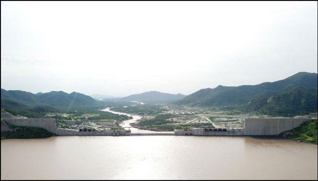 امتلاء المياه خلف سد النهضة في 20 يوليو 2020