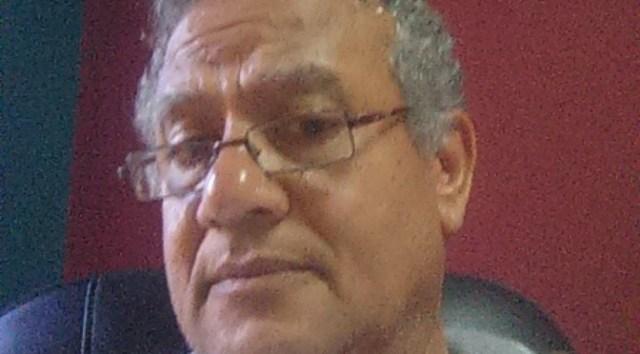 الكاتب يسري أبو العينين