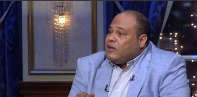 الدكتور يسري عبد الله أستاذ النقد الأدبي