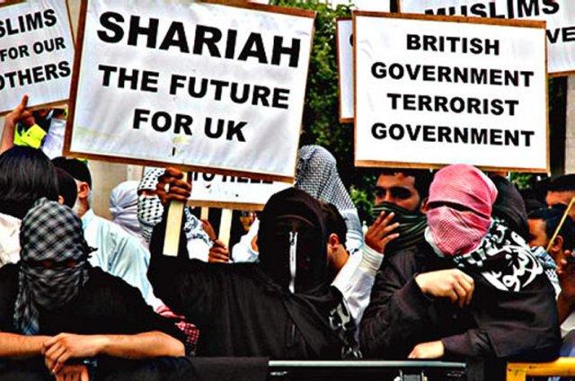 مظاهرات تنادي بتطبيق الشريعة في بريطانيا